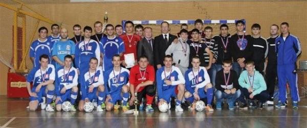 С 6 по 10 октября 2014 года в Усинске состоялись соревнования по мини-футболу