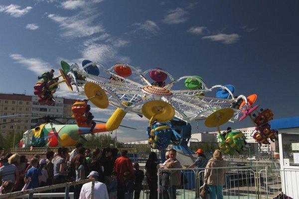 В усинском детском парке открылись новые аттракционы