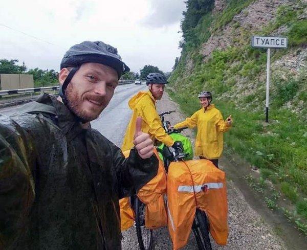 «Я буду долго гнать велосипед…», или Куда приводят мечты и увлечения