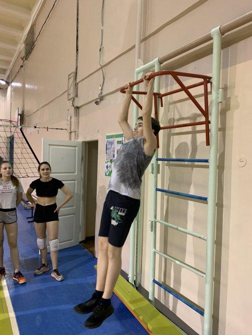Усинские волейболисты сдают нормы ГТО