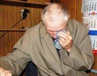 В Усинске участковые по горячим следам задержали подозреваемого в разбойном нападении на пенсионера