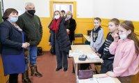 Владимир Уйба инспектирует социальный объект