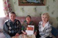 В Усть-Лыже поздравили с 95-летием труженицу тыла Анну Никитичну Филиппову