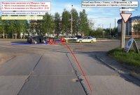 В Усинске произошло двойное ДТП с участием трех автомобилей