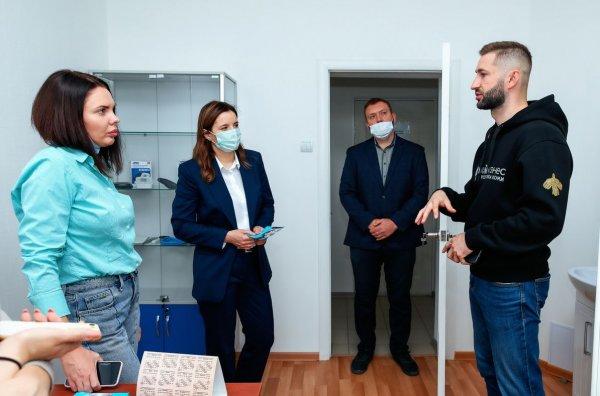 Директор «Мой бизнес» Коми посетил предприятия Усинска и лично пообщался с предпринимателями