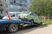 В Усинске проходит эвакуация бесхозного автотранспорта