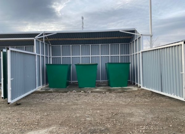 Завершена реализация проекта «Установка мусорных площадок под сбор ТКО на территории пгт. Парма»